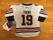 Jonathan Toews   19 Chicago Blackhawks Reebok Toddler Jersey (Size 2-4T) 325ec8347