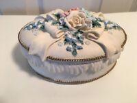 Vintage Jewelry Trinket  SAN FRANCISCO MUSIC BOX Floral White Beautiful Sound!