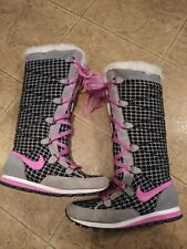Womans Nike Pink  Lace Up Winter Snow Boots Sneakers US Size 8.5