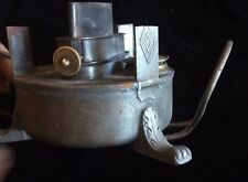ancienne  lampe ou rechaud  a pétrole ou essence