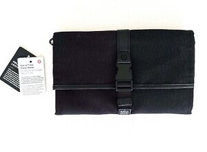 Lululemon Test of Time Travel Wallet Black HINH NEW WITH TAGS