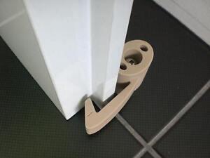 Türstopper Türpuffer Türhaken Türfeststeller Bodentürstopper  Artikel-Design