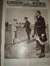 Photo article British team wins at Windsor International Horse Trials 1955 ref Z