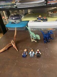 LEGO Jurassic World Minifigures LOT. velociraptor