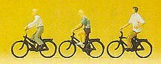 Preiser 79089 N Cyclists with Bicycle Figures (Set of 3)