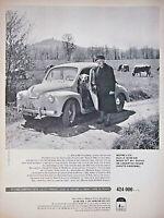 PUBLICITÉ DE PRESSE 1959 LA RENAULT 4 CV LA VOITURE LA MOINS CHÈRE DE FRANCE .