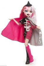 Bratzillaz  Fashion Doll With Pet  – Bratzillaz Cloetta Spelletta