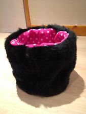 CHIHUAHUA DOG PET BED BLACK & PINK FAUX FUR PUPPY POCKET SNUGGLE SACK 🇬🇧🇬🇧