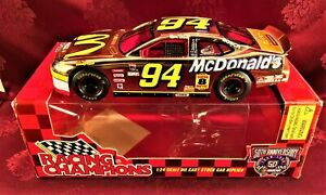 BILL ELLIOTT 1998 #94 McDonalds Gold Ford Taurus 1/24 Hood Open Diecast Car 50th