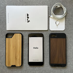 Apple iPhone 8 64GB Unlocked - Space Gray (A1863) + 2 Cases & Screen Protector