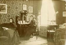 TWO WOMEN SITTING IN THE LEAVING ROOM & ORIGINAL ca 1900's OCCUPATIONAL PHOTO