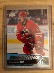 2016-17 Sebastian Aho UPPER DECK YOUNG GUNS RC #210 Carolina Hurricanes