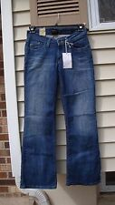 Levi's Junior's 528 Curvy Bootcut stretch NWT Style 117410036 size 7 Short