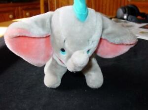 Disneyland DUMBO - Plush / Stuffed Animal Vintage Walt Disney World Collectible