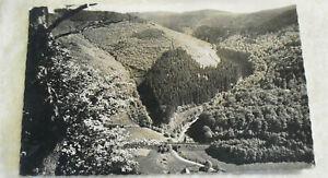 Postkarte Zella-Mehlis 1961 DDR Blick vom Reißenden Stein auf Eisenbahnschienen