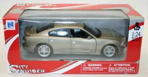 NewRay 1/24 Scale Metal Model Car 71913 - Dodge Charger - Champagne Gold