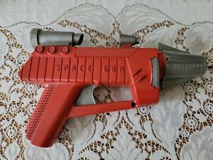 Vintage 1950s Remco SPACE GUN Battery Operated Toy Ray Gun