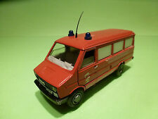 OLD-CARS FIAT IVECO DAILY - POMPIERS AMBULANCE 1:43 - RARE SELTEN - GOOD COND.