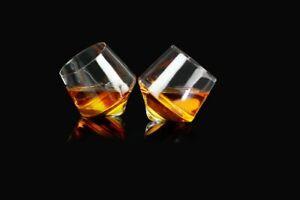 Rollende Whiskey Gläser 2-er Set