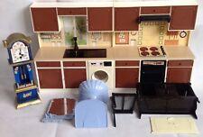 Maison de poupées meubles pour grande maison Bundle Kitchen Stuff, évier, Horloge, commode