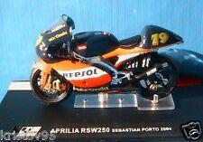MOTO GP BIKE APRILIA RSW250 #19 SEBASTIAN PORTO 2004 1/24 IXO