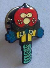 Bouncing Pogo Stick Cartoon Small Pin Badge Kids Collectable (E8)