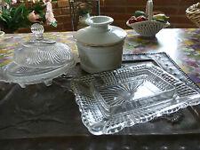 anciens et en verre ,2beurriers +un pot ancien  porcelaine