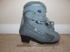 Size 13 Youth Soft Boot Tech Edge Figure Skates-Very Good