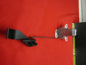 1966 OLDSMOBILE 98 HOOD LATCH ASSEMBLY WITH HANDLE AND ROD