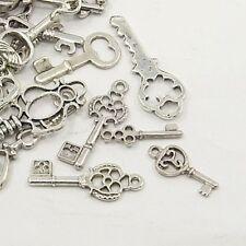 30g x tibetan silver charms / pendentifs ~ ~ ~ mixte clés argent antique