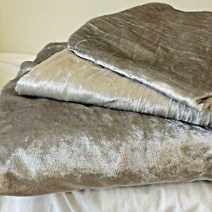 West Elm Silver Luster Shimmer Velvet King Size Duvet Cover w 2 King Shams