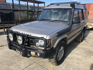 Wrecking 2003 Land Rover Discovery 2 Td5