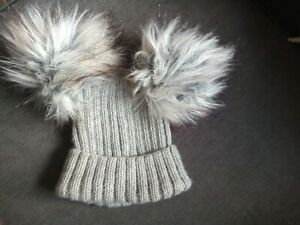 Baby boys pompom hat 0-6 months Excellent Condition
