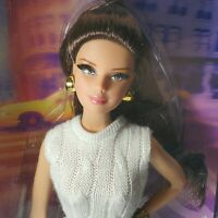 NRFB BARBIE ~ (N46) THE LOOK CITY SHOPPER BRUNETTE MACKIE MODEL MUSE MIB DOLL