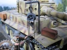 2to Behelfskran Karan Kettenzug Deko Zubehör RC Panzer TIGER I v Heng Lon 1/16