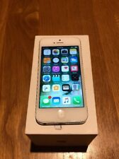 Apple iPhone 5 - 32GB - White & Silver Unlocked