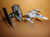 TIE FIGHTER v X-WING force awakens STAR WARS hot wheels DIECAST starships toy