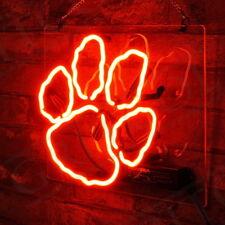 Bear's Paw Bar Night Clube Game Room Shop Neon Sign Light Window Corridor