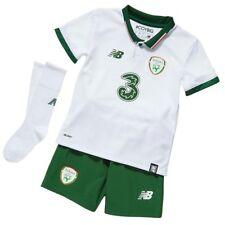 a8c67f4aabe9 New Balance Ireland Away Football Mini Kit