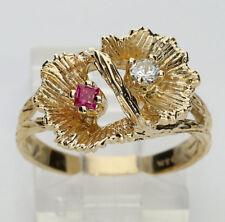 Diamond ruby double flower ring 14K yellow gold princess GVS round brilliant .2C