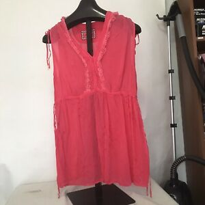 NWOT JOHNNY WAS Size 1X Or XL Embroidered Sleeveless Rayon Top Runs Small!