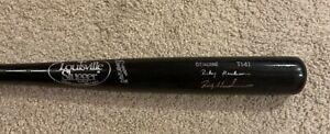 RICKEY HENDERSON Signed Game Model Louisville Slugger Bat PSA/DNA J21935