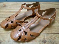 Clarks Women's Artisan Tan Brown Leather Flat Sandals Size 5.5 D UK 39 EU