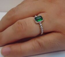 BEADED SHANK SQUARE CENTER RING W/ 2 CT EMERALD/ 925 STERLING SILVER /SZ 5-9