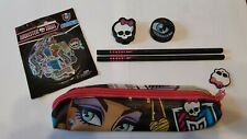 VENDS TROUSSES + 2 CRAYONS A PAPIER + 2 GOMMES + STICKERS MONSTER HIGH