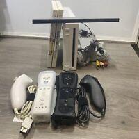 Nintendo Wii White Console 2 Remote Bundle RVL-001 Gamecube Compatible