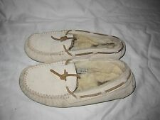 Authentic UGG Womens Dakota Moccasin Slippers Shoes 5612 Size 7 WARM AND COMFY