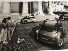 RARE PHOTO DOSSIER DE PRESSE CONCEPT CAR RENAULT LES AMPERATRICES 1994
