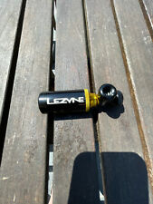Lezyne Tubeless Tyre CO2 blaster - black and gold