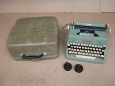 1955 56 57 Royal Quiet De luxe Typewriter Green Portable with Case
